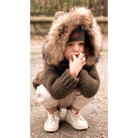 Kurtka/sweter ,dziecięcy Ręcznie Tkany  z futrem sztucznym - khaki